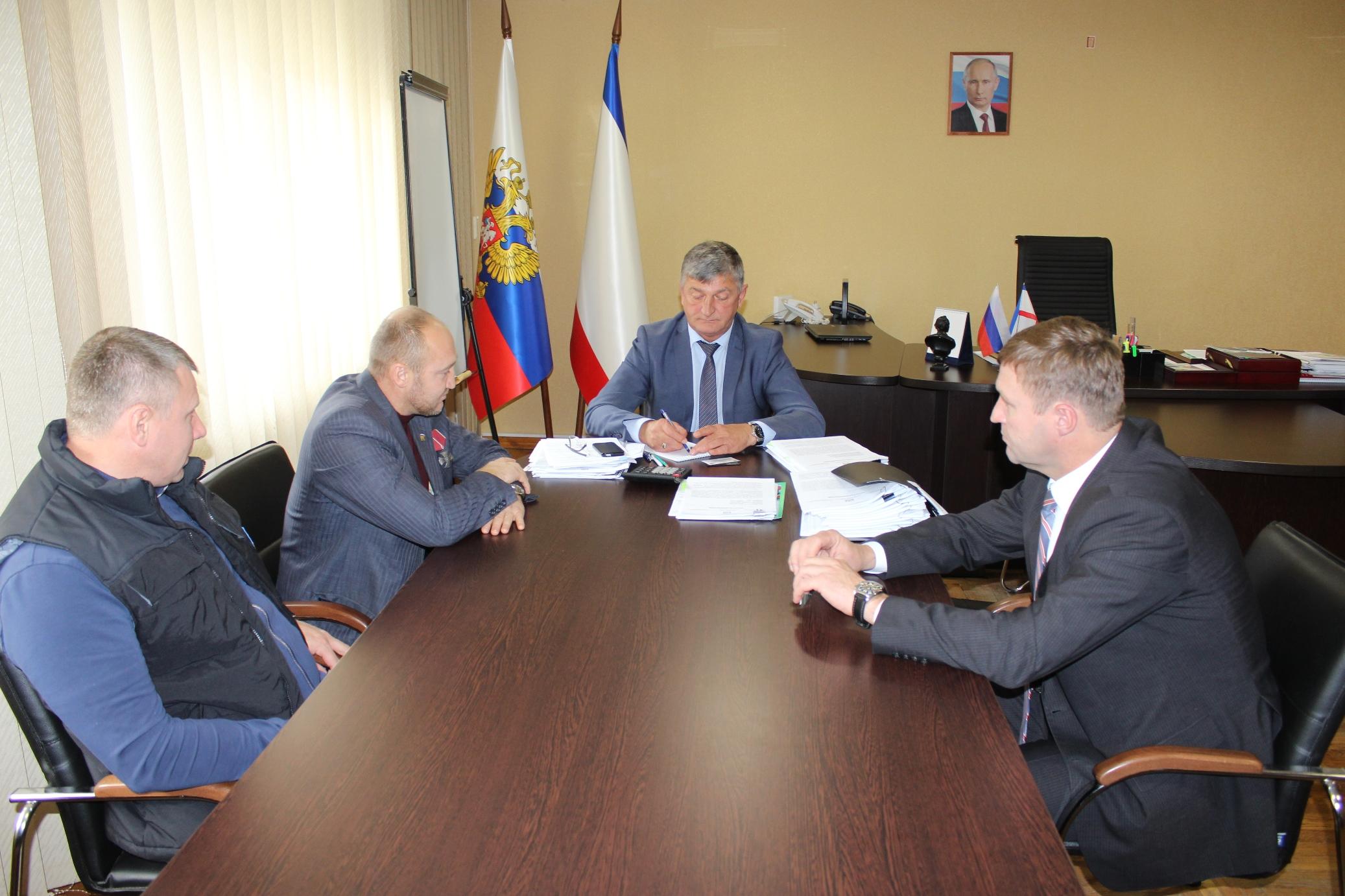 Саки и Брянка Луганской народной республики будут развивать побратимские связи