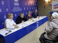 Депутат Госсовета Республики Крым Сергей Бородкин провел прием граждан в городе Саки