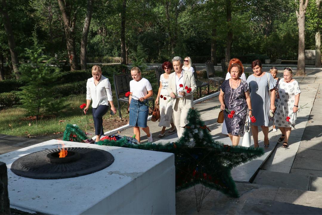 позже фото памятники воинской славы увидите